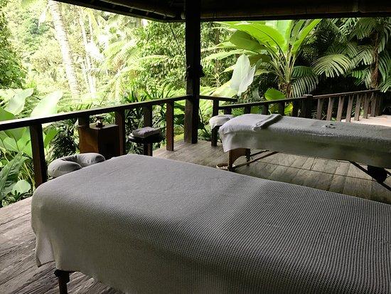 COMO Shambhala Estate: Rain_forest massage