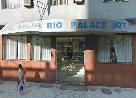 Arcos Rio Palace Hotel: Frente do hotel