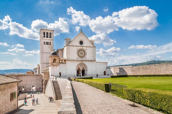 Private Full-Day Tour of Assisi and...