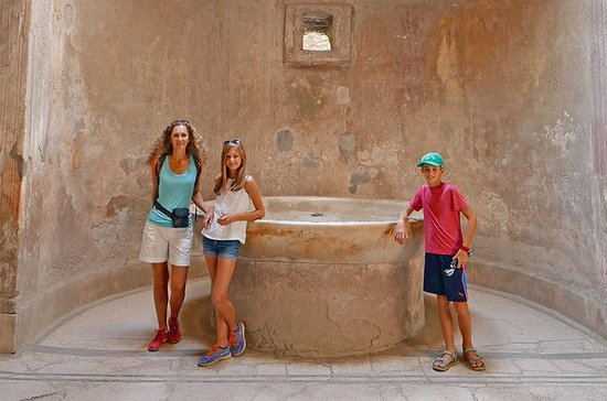 Private Herculaneum Tour for Kids and...