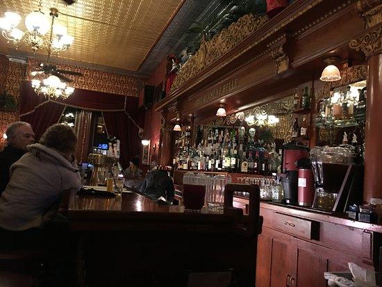 Diamond Belle Saloon: Beautiful Bar circa 1890