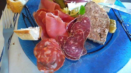 Pyrenees-Orientales, فرنسا: DSC_0145_large.jpg
