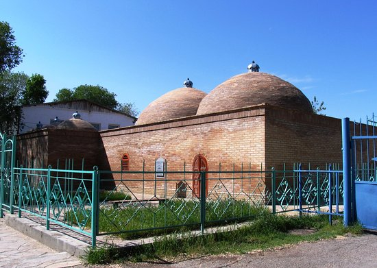 Taraz, Kazakhstan: Бани Кали-Юнуса