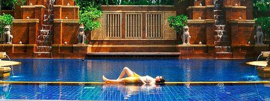 Sokha Angkor Resort: Swimming Pool