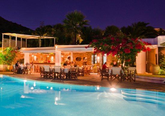 Агиос-Прокопиос, Греция: Romantic dining at Stelida Restaurant