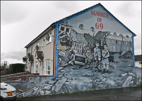 Gable mural belfast picture of belfast mural tours for Belfast mural tours