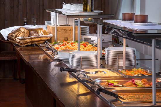 Varkaus, Finlândia: Runsas ja maistuva lounas arkisin klo 10.30-14 (kesäaikaan klo 15 saakka)