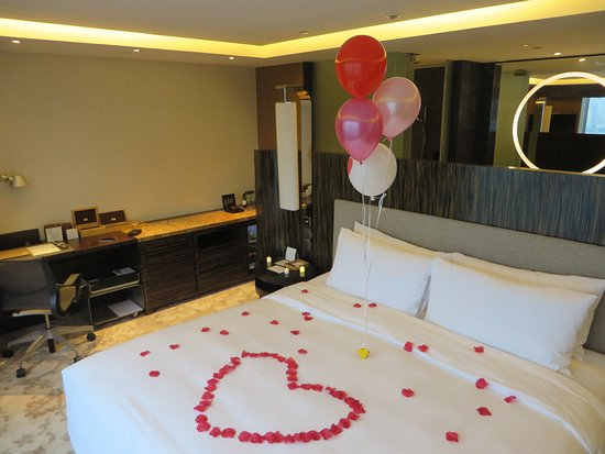 Hotel ICON: Romantic setup & Romantic setup - Picture of Hotel ICON Hong Kong - TripAdvisor