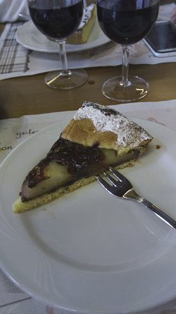 Campodolcino, Italien: La torta non era un granché...