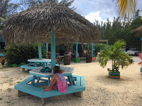 Bodden Town, Gran Caimán: Other tables for dining