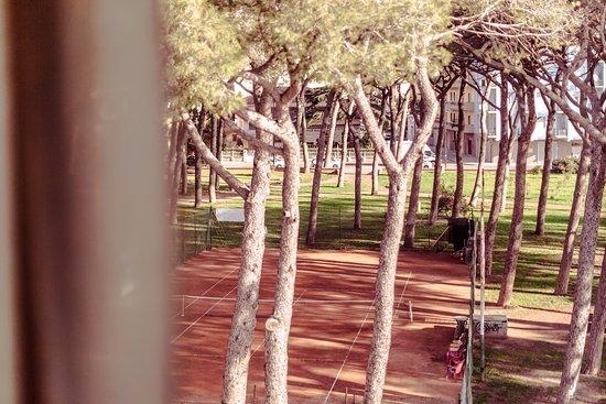 Facciata su passeggiata pedonale - Foto di Residence Le Terrazze ...