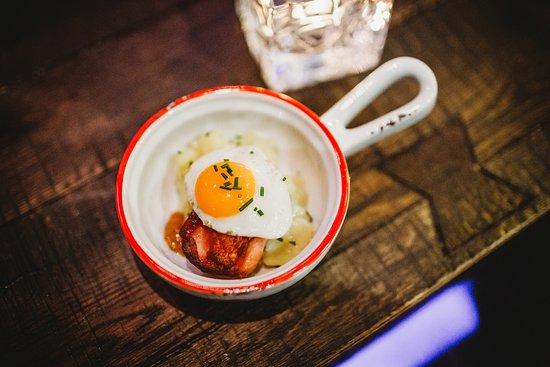 Egg München bapas münchen leopoldstraße bayerische tapas cafe und bar