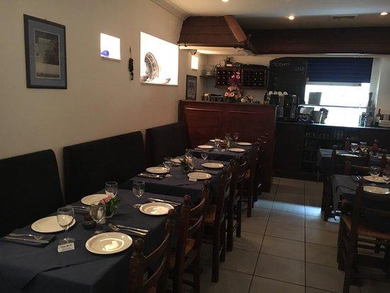 A very good Greek restaurant