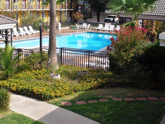 Photo of Americas Best Value Inn Laredo