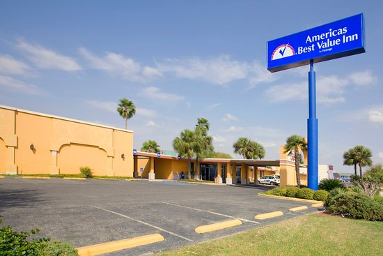 Americas best value inn laredo 48 5 6 updated 2018 - Laredo civic center swimming pool ...