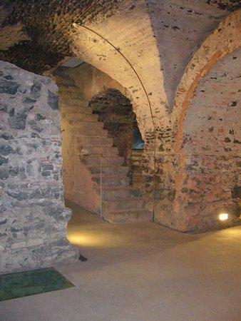 antiche cucine - Picture of Monastero dei Benedettini, Catania ...
