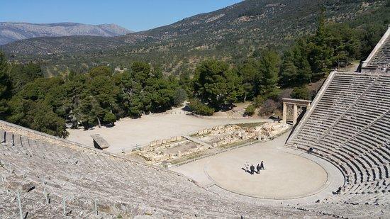 Epidavros, Yunanistan: Άποψη του θεάτρου