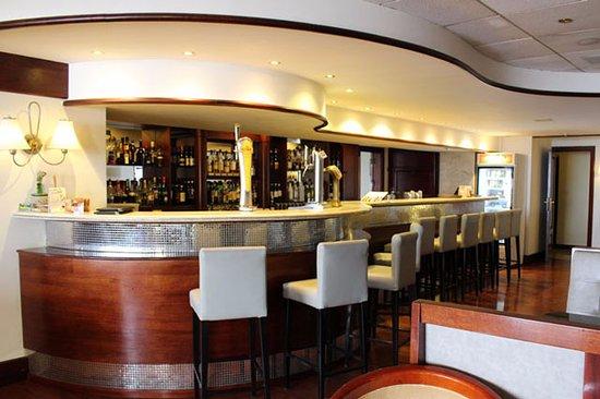 Grand Hotel Gozo: Bar