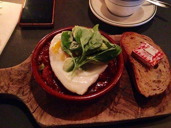 Hyggelig Cafe Men Ikke Børnevenlig Anmeldelse Af Cafe Taxa