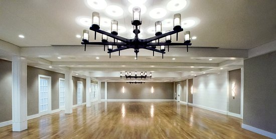 White Elephant Village | Residences & Inn: Ballroom at White Elephant Village