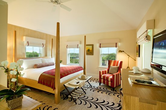 White Elephant Village | Residences & Inn: Master Bedroom in Residence at White Elephant Village