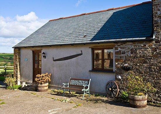 Marhamchurch, UK : Carthouse Barn