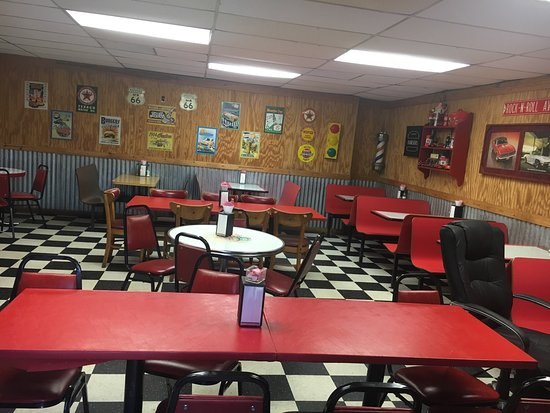 Sallisaw, OK: Kitchen remodeled! New chairs! Looking good