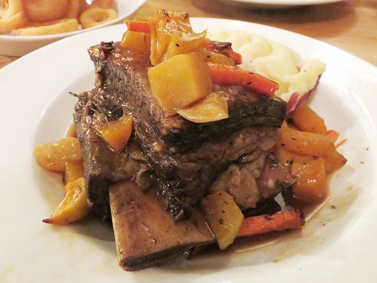 Slow Braised Beef Short Rib - The Bell Old Sodbury (03/Mar/17).