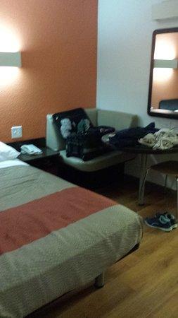 Motel 6 Pleasanton: Room 137 ground floor east side
