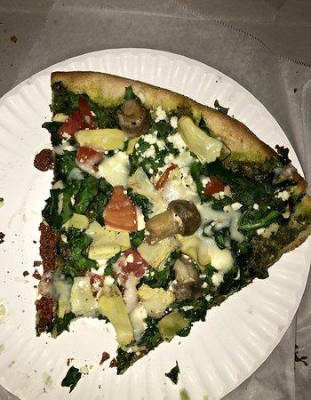 Lelo's Pizza