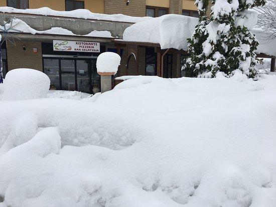 Gualdo, Italia: Un po di neve?