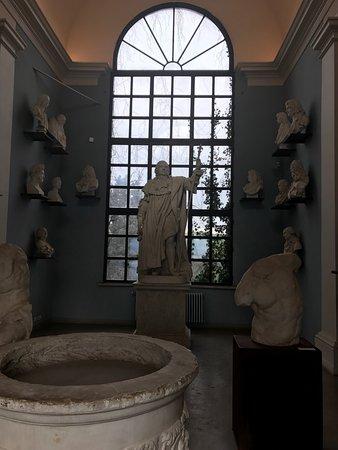 Photo of Monument / Landmark Villa Medici - Accademia di Francia a Roma at Viale Della Trinita Dei Monti, 1a, Rome, Italy