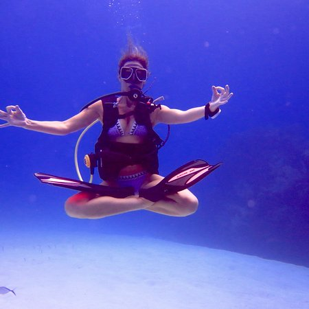 Off The Wall Dive Center & Resort: New PADI Yoga Diver Course offered on some trips