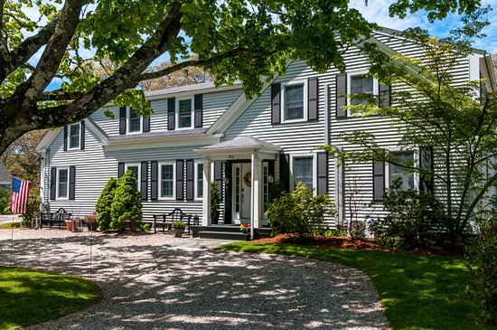 West Harwich, MA: Welcome to the Platinum Pebble Boutique Inn!