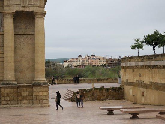 Hesperia Córdoba: From the city looking across to the Hesperia