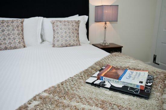 West Harwich, MA: Queen room