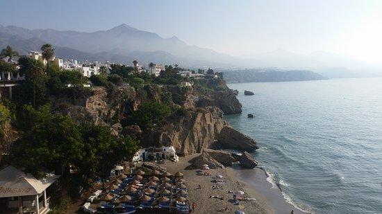Apartamentos Playa Torrecilla: A nearby beach (close to town)