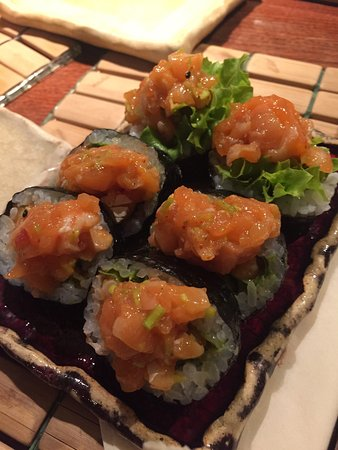 Tomo Sushi: Ο καλύτερος σολομός που εχω φάει!