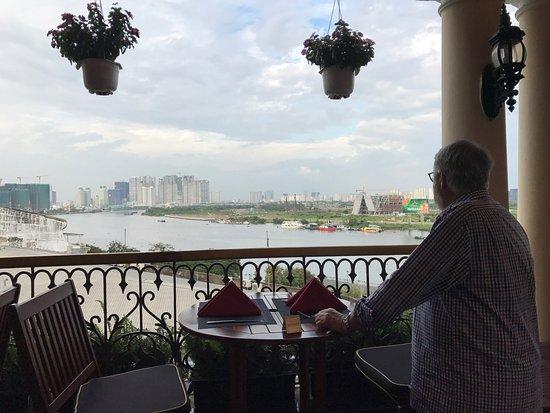 Khách sạn Majestic Sài Gòn: photo0.jpg