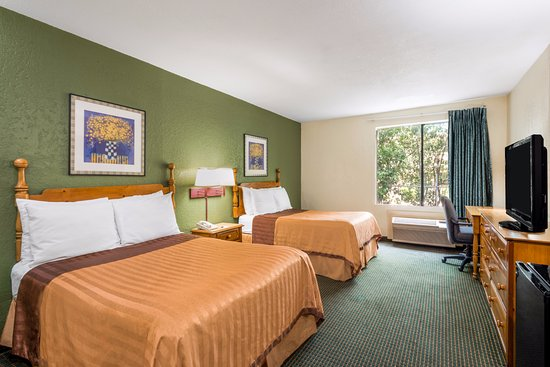Travelodge Inn & Suites San Antonio Near Fort Sam Image