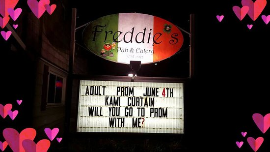 Wisconsin Rapids, WI: FREDDIE'S ADULT PROM - An Annual One-of-a-Kind event!!