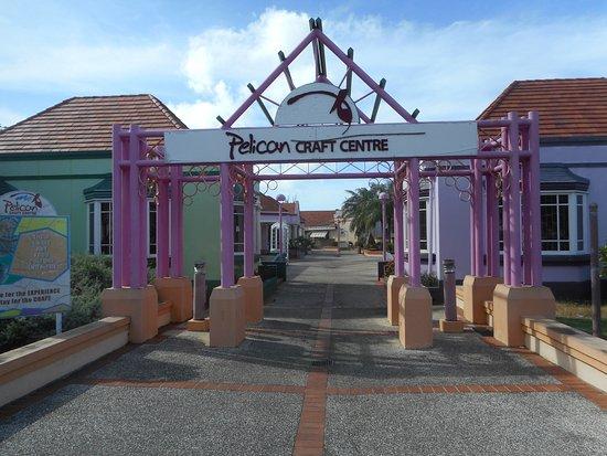 Pelican Craft Center : Entrance