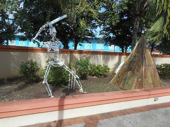 Pelican Craft Center : Piece of art