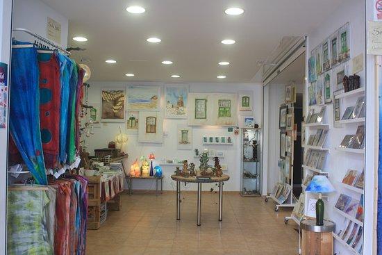 Galeria de Arte Angel Cabrera