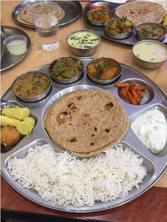 Artesia, CA: Thali - Very tasty and home style