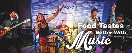 Lafayette, CO: Food Tastes Better with Music
