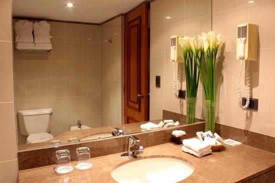 Los Tallanes Hotel & Suites Image