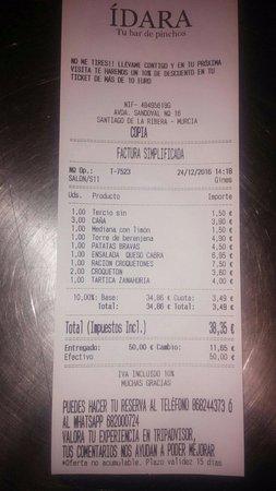 Santiago de la Ribera, Spain: Indispensable, cuenta de 4 personas