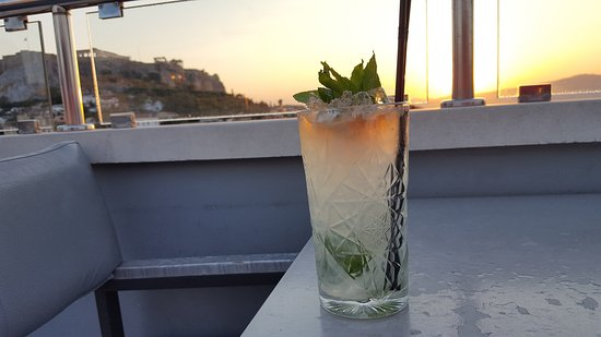 Central Athens Hotel: Rooftop sunset