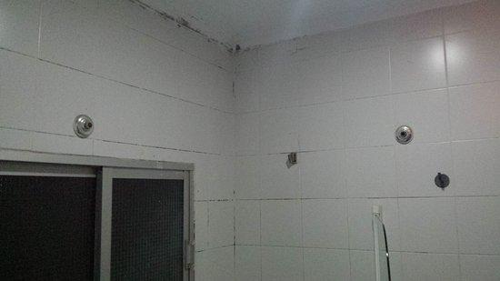Trotamundos Youth Hostel : TA_IMG_20170307_205322_large.jpg